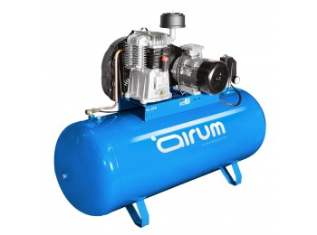 Compresor correas 3 cv 270lt-390lt/m 9 bar c/aceite airum